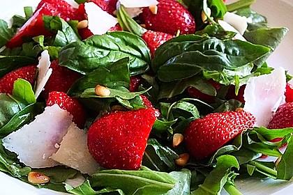 Basilikum-Rucolasalat mit Erdbeeren 29