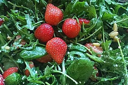 Basilikum-Rucolasalat mit Erdbeeren 42