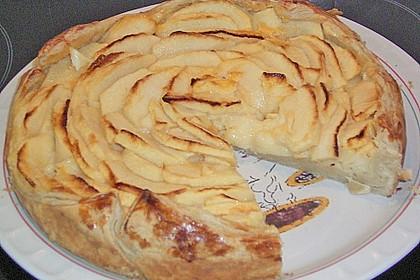 Apfelkuchen mit Puddingfüllung 3