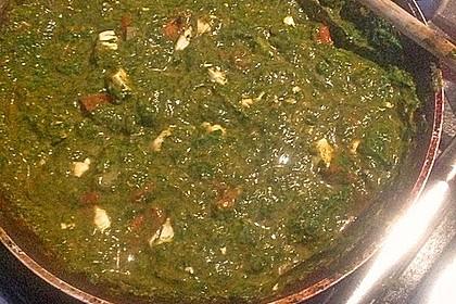 Blätterteigtaschen gefüllt mit Spinat und Feta 4