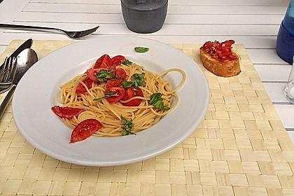 Koelkasts Spaghetti mit kalter Tomatensoße 3