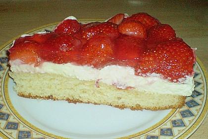 Erdbeer-Kuchen mit Vanillecreme 98