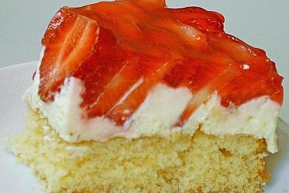 Erdbeer-Kuchen mit Vanillecreme 111