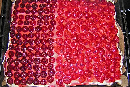 Erdbeer-Kuchen mit Vanillecreme 89