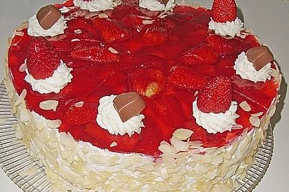 Erdbeer-Kuchen mit Vanillecreme 23