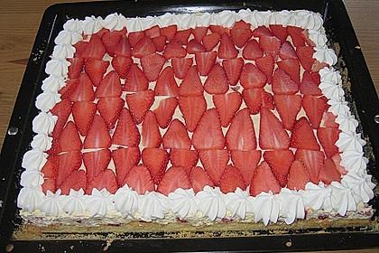 Erdbeer-Kuchen mit Vanillecreme 78