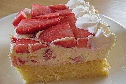 Erdbeer-Kuchen mit Vanillecreme 102