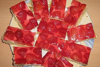 Erdbeer-Kuchen mit Vanillecreme 67