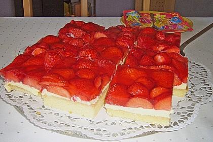 Erdbeer-Kuchen mit Vanillecreme 46