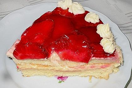 Erdbeer-Kuchen mit Vanillecreme 79
