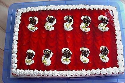Erdbeer-Kuchen mit Vanillecreme 45