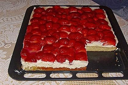 Erdbeer-Kuchen mit Vanillecreme 26