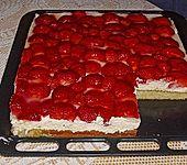 Erdbeer-Kuchen mit Vanillecreme (Bild)