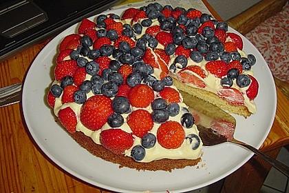 Erdbeer-Kuchen mit Vanillecreme 21