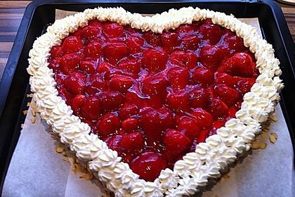 Erdbeer-Kuchen mit Vanillecreme 8