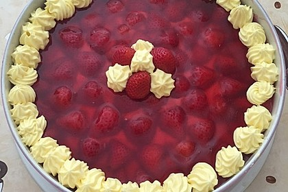 Erdbeer-Kuchen mit Vanillecreme 20