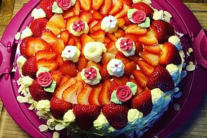 Erdbeer-Kuchen mit Vanillecreme 3