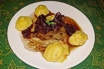 Rinderfilet auf Rotwein - Schalotten - Butter 28