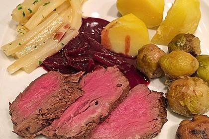 Rinderfilet auf Rotwein - Schalotten - Butter 14