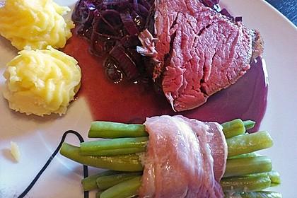 Rinderfilet auf Rotwein - Schalotten - Butter 17