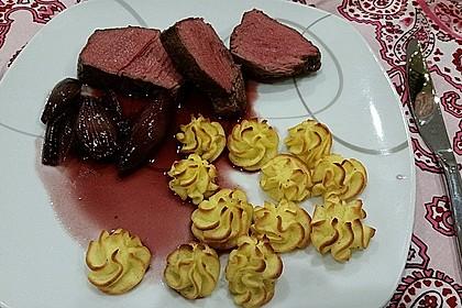 Rinderfilet auf Rotweinschalotten-Butter 7