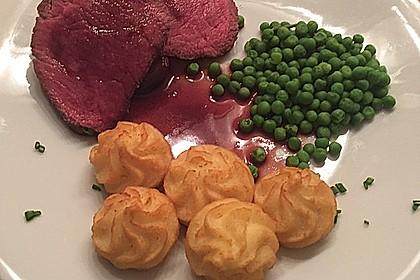 Rinderfilet auf Rotwein - Schalotten - Butter 12