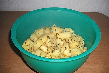 Warmer Kartoffelsalat mit Speck 32