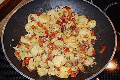 Warmer Kartoffelsalat mit Speck 24