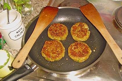 Grünkern - Frikadellen mit Joghurtsauce 14