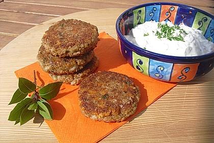Grünkern - Frikadellen mit Joghurtsauce 12