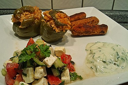 Tomaten - Gurken - Salat mit Feta 5