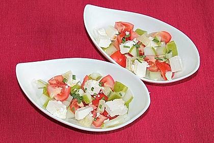 Tomaten - Gurken - Salat mit Feta 4