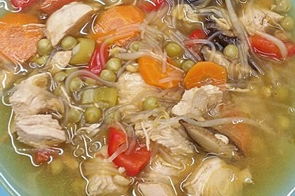 Asia - Suppe mit Glasnudeln 1