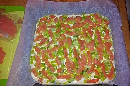 Flammkuchen mit Lauch und Lachs 51