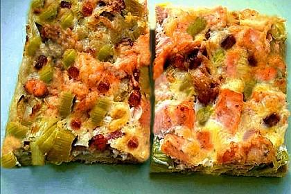 Flammkuchen mit Lauch und Lachs 46