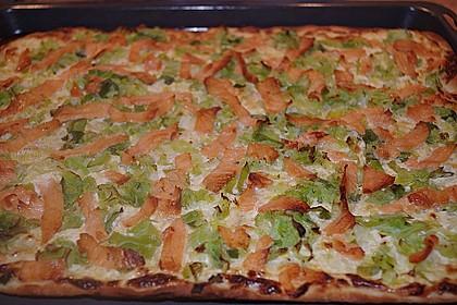 Flammkuchen mit Lauch und Lachs 31