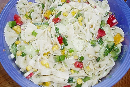 Bunter Nudelsalat ohne Mayonnaise 10