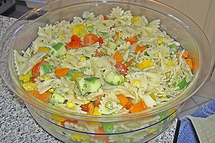 Bunter Nudelsalat ohne Mayonnaise 4