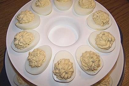 Gefüllte Eier mit Gurke 8
