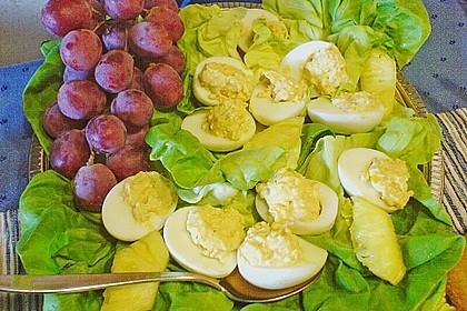 Gefüllte Eier mit Gurke 7