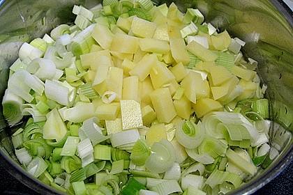 Kartoffel - Lauch - Suppe mit Lachs und Tomaten 5
