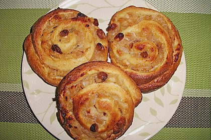 Apfel - Rosinenschnecken 15