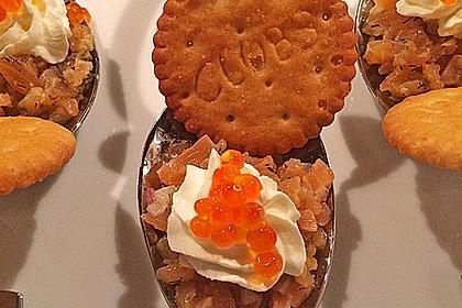 Lachstatar auf Kartoffelchips 3