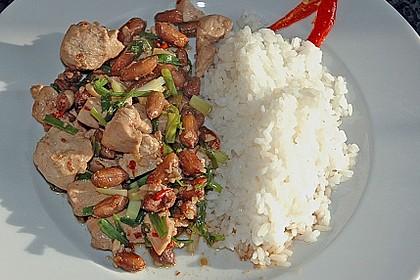 Chili - Hühnchen mit Erdnüssen