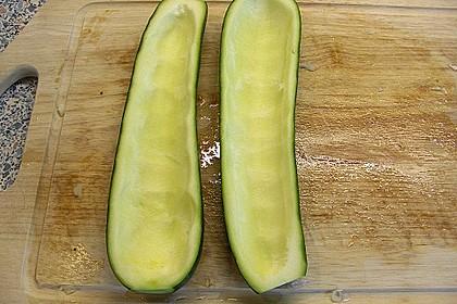 Gefüllte Zucchini 29