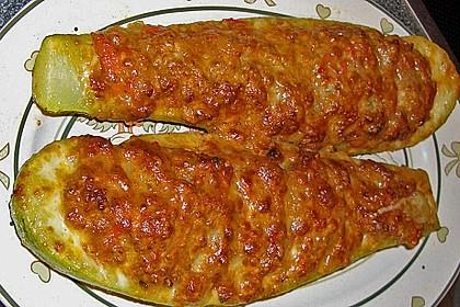 Gefüllte Zucchini 1
