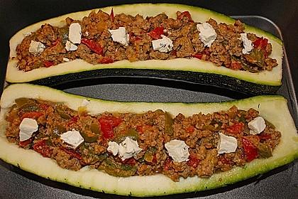 Gefüllte Zucchini 16