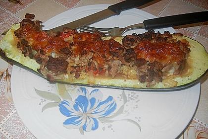 Gefüllte Zucchini 23