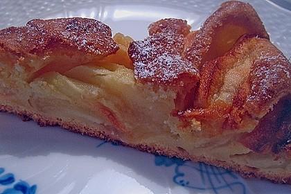 Apfelkuchen, sehr fein 3