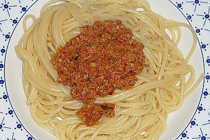 spaghetti mit pesto rosso von chickie. Black Bedroom Furniture Sets. Home Design Ideas